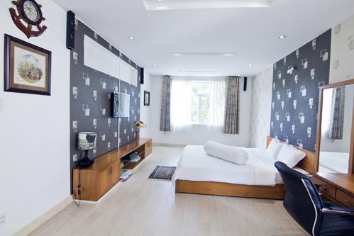 Phòng ngủ con trẻ nếu được thì nên kết hợp chung một phòng hơn là tách ra làm hai để góp phần tiết giảm chi phí , xu hướng bây giờ trẻ biết tự lập sớm hơn.