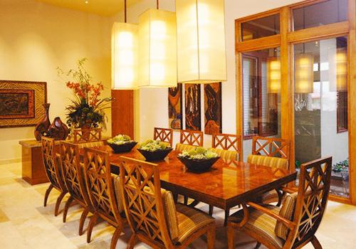 Cách chọn đèn lồng chất liệu vải phù hợp làm không gian phòng ăn thêm phần ấm cúng.