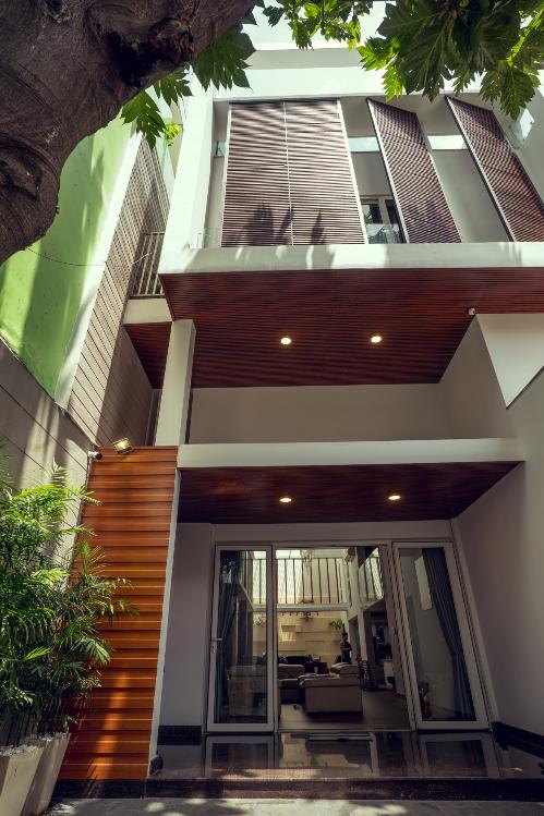 Phong cách thiết kế của ngôi nhà phải hòa hợp nhu cầu của các thành viên. Vật liệu lựa chọn cũng linh hoạt, đa dạng, phù hợp nhiều phong cách.