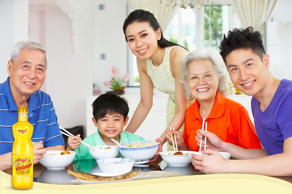 Dầu ăn là một phần không thể thiếu khi chế biến món ăn hàng ngày.