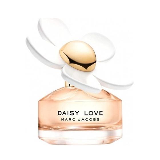 Các lọ nước hoa mini cũng thuận tiện cho bạn mang theo khi đi chơi, đi ăn tiệc... Nước hoa nữ Daisy Love Marc Jacobs mini 4ml phù hợp với các cô gái trên 20 tuổi mang phong cách trẻ trung, quyến rũ đang được bán ưu đãi 38% trên Shop VnExpress nhân dịp Tết Nguyên đán, còn 249.000 đồng.
