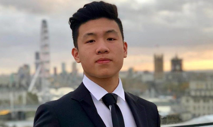 Bùi Thanh Long, 19 tuổi, hiện là sinh viên năm nhất trườngKings College London. Ảnh: Nhân vật cung cấp.