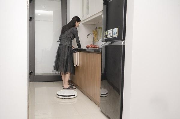 Trong thời gian hoạt động, Mi Robot Vacuum-Mop dùng camera góc rộng 166 độ để nhận biết môi trường xung quanh.
