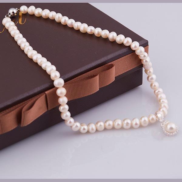 Gợi ý trang sức làm quà cho phái đẹp