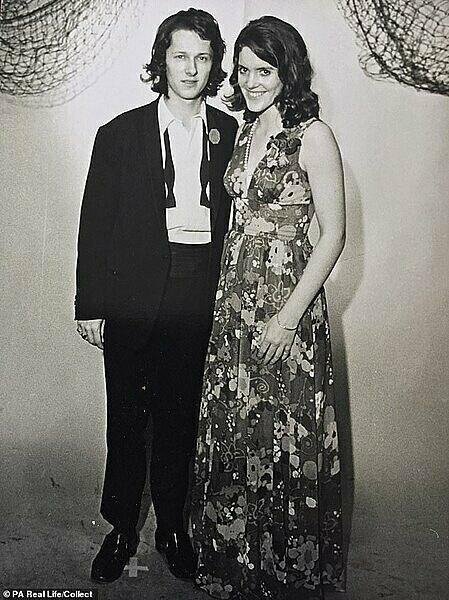 Brian và Liz những năm 1970. Ảnh: Dailymail.