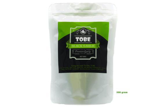 Tỏi đen cô đơn Tobe túi 500 gram (nguyên vỏ) giảm 39% còn 549.000 đồng lên men tự nhiên từ tỏi cô đơn tươi trong một thời gian dài (60 ngày). Sản phẩm có màu đen, vị ngọt, không còn mùi cay hăng của tỏi thường, rất dễ ăn.