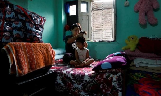 Người Nepal đói trong đại dịch