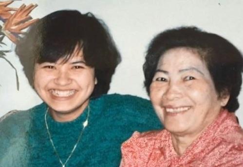 Margaret Trần và mẹ nuôi đã yêu thương cô như con đẻ. Ảnh: Margaret Tran.
