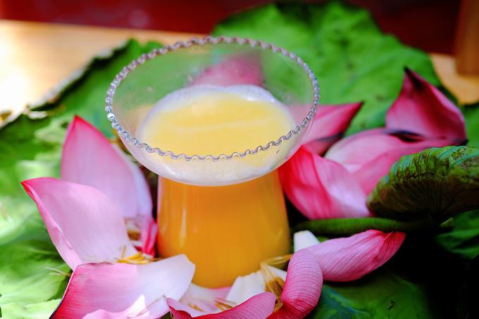 3 công thức nấu sữa hạt sen bổ dưỡng và dễ làm - 2
