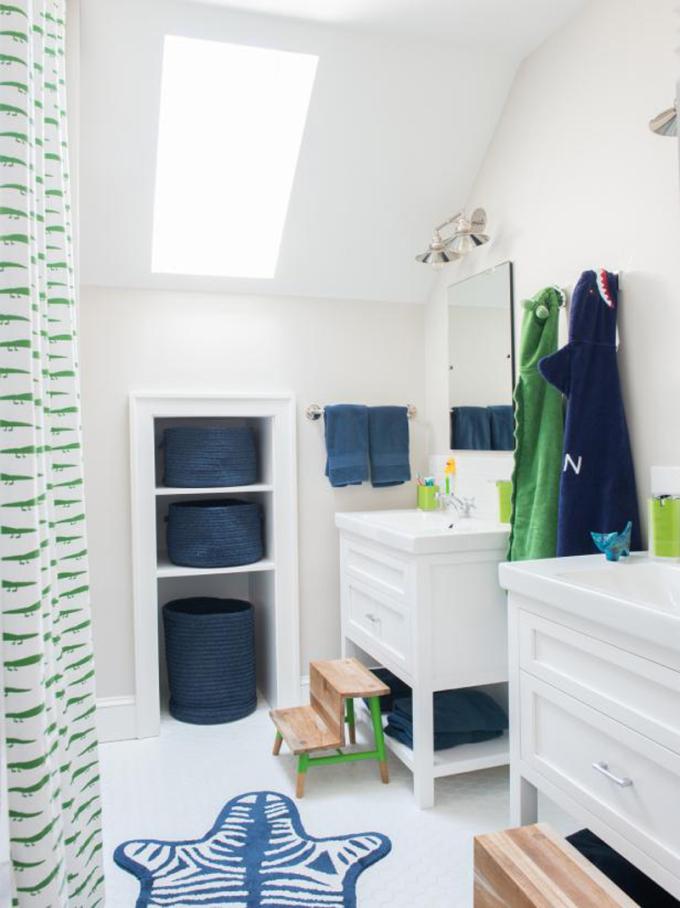 Khi gia đình có nhiều trẻ em, việc dùng chung một phòng tắm, sự hỗn loạn sẽ  xảy ra, nhất là khi gia đình cùng thức giấc vào buổi sáng, các bé chuẩn bị vệ sinh cá nhân để đến trường.  Bằng cách tạo ra hai khu vực cho phép hai đứa trẻ đánh răng cùng một lúc sẽ giúp giảm thời gian chờ đợi.
