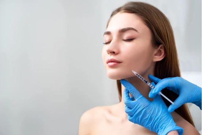 Nhu cầu thẩm mỹ, làm đẹp của phụ nữ Mỹ bỗng nhiên tăng vọt khi đại dịch lắng xuống. Ảnh: Shutterstock