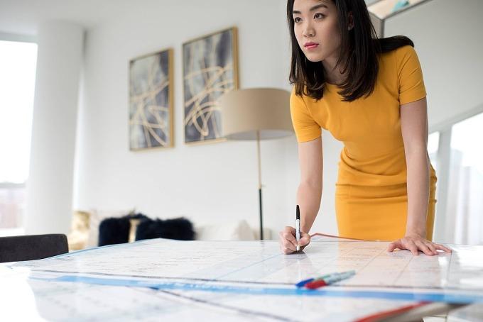 Luisa Zhou đã giúp nhiều phụ nữ tự chủ kinh tế. Ảnh: Forbes.