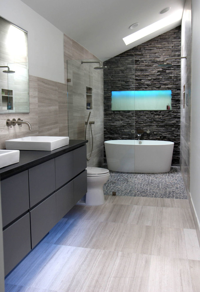 10 thiết kế phòng tắm tiện nghi dưới cầu thang  - 6