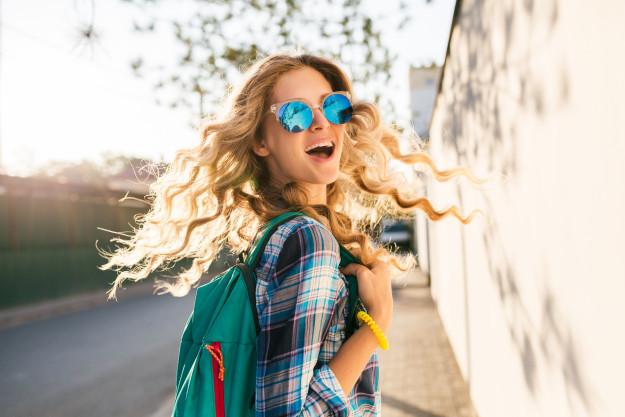Một người phụ nữ quyến rũ nhất khi cô ấy biết giá trị của chính mình, đầu tư cho bản thân nhiều hơn và có một cuộc sống riêng phong phú, đầy năng lượng. Ảnh minh họa: Shutterstock.