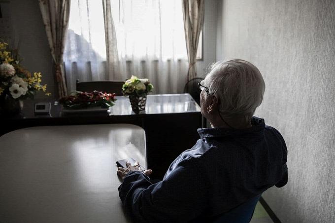 Ông Tadakatsu Kinjo đã nhận ra vấn đề của con và giúp đỡ con hòa nhập xã hội. Ảnh: Shiho Fukada/ Bloomberg.
