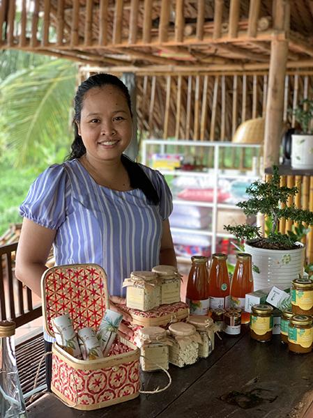 Thạch Thị Chal Thi là người Khơ me. Cô từng tốt nghiệp thạc sỹ công nghệ thực phẩm tại ĐH Bách Khoa, TP HCM. Ảnh: Nhân vật cung cấp.