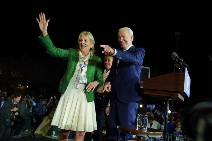Vợ chồng Joe và Jill Biden sát cánh trong những lần vận động tranh cử. Ảnh: drbiden.