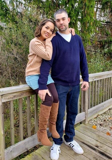 Adam Demaat hơn chị Thảo một tuổi. Lần đầu gặp, ấn tượng của cô gái Việt đây là một chàng trai già hơn tuổi, bụi bặm nhưng hiền lành. Ảnh: Nhân vật cung cấp.