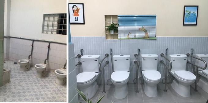 Ba bồn cầu đã cũ của nhà vệ sinh thứ nhất được thay mới bằng 6 bồn cầu có đủ tay vịn. Ảnh: Hoàng Anh
