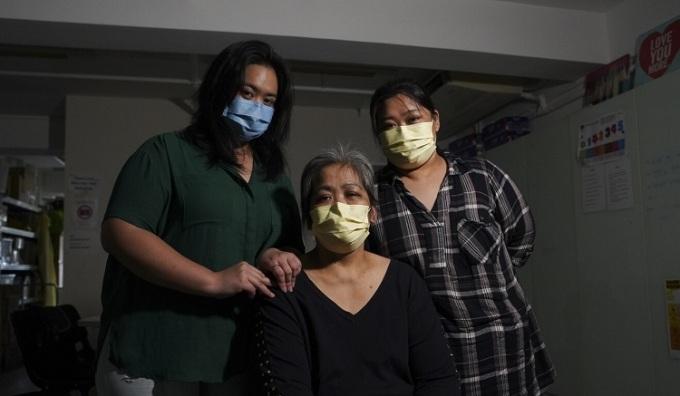 Kaye, Feli và Dawn hiện đang lên kế hoạch bay đến Philippines. Ảnh: Winson Wong.