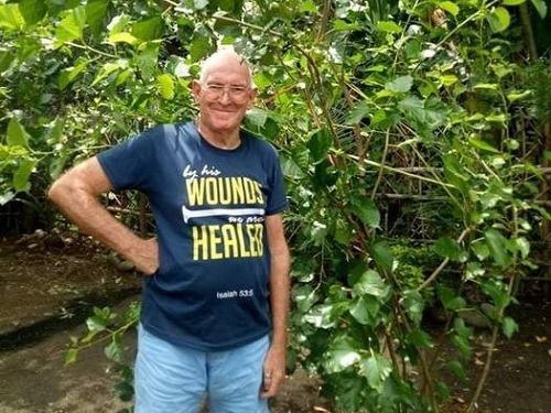 Ông John hiện vẫn tiếp tục hiến tinh trùng cho những cặp đồng tính có nhu cầu. Ảnh: John Lindsay Mayger.