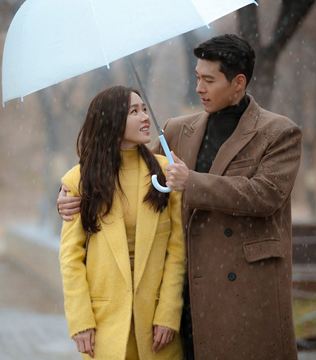 Son Ye Jin và Hyun Bin trong bộ phim Hạ cánh nơi anh. Ảnh: imdb.com