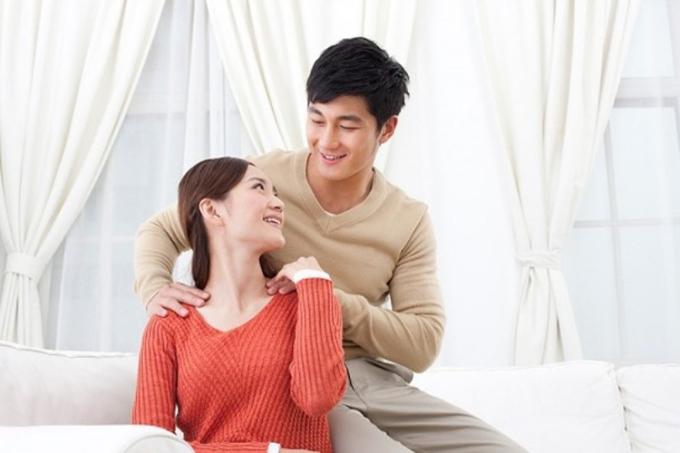 Khen ngợi nhau là một trong những bí quyết dễ thực hiện nhưng các đôi vợ chồng vốn rất hay quên. Ảnh minh họa.