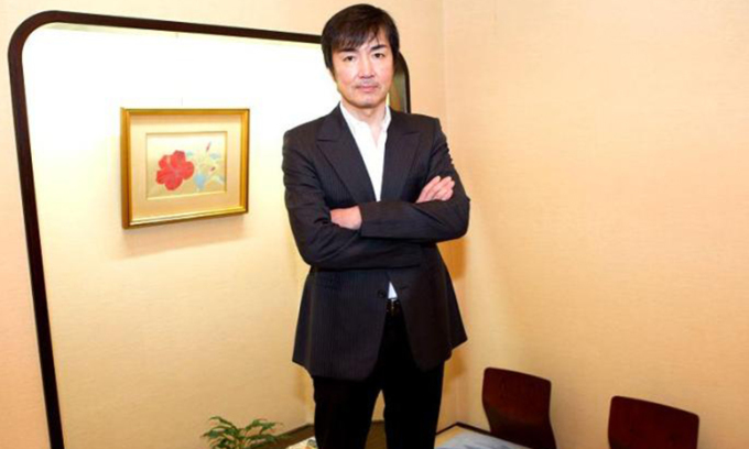 Nhà văn Nhật Bản Keigo Higashino. Ảnh: baoashahi.com