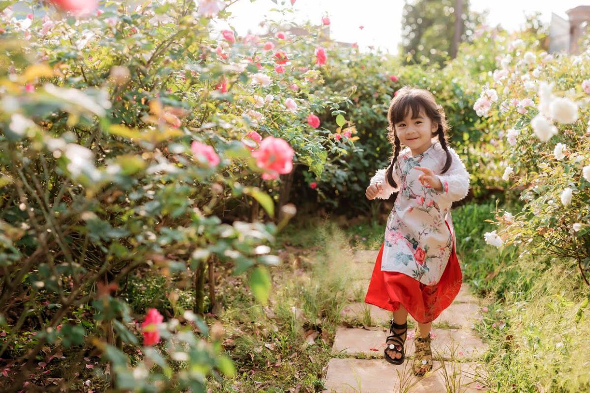 Ngôi nhà hoa hồng dành tặng con gái