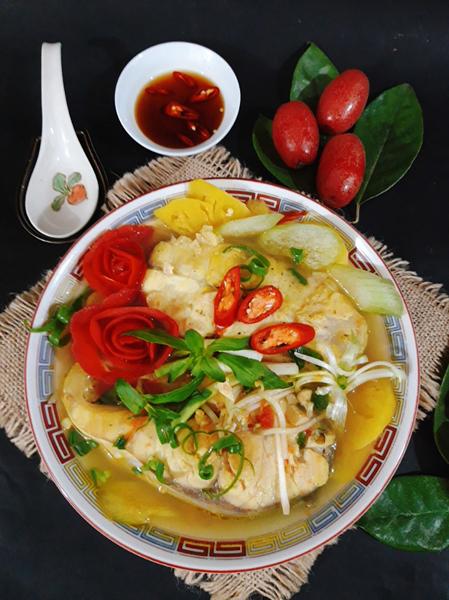 Canh chua cá rất đưa cơm vào bất kỳ mùa nào, ngay cả trong dịp lễ tết bên cạnh thịt thà bánh chưng thì bát canh chua cá luôn thu hút mỗi người. Ảnh: Bùi Thủy.