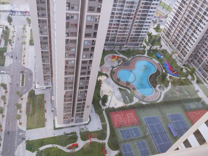 View từ một căn 3 phòng ngủ, giá khoảng 3 tỷ, thuộc phân khúc trung cấp ở Hà Nội. Ảnh: Trần Lương.