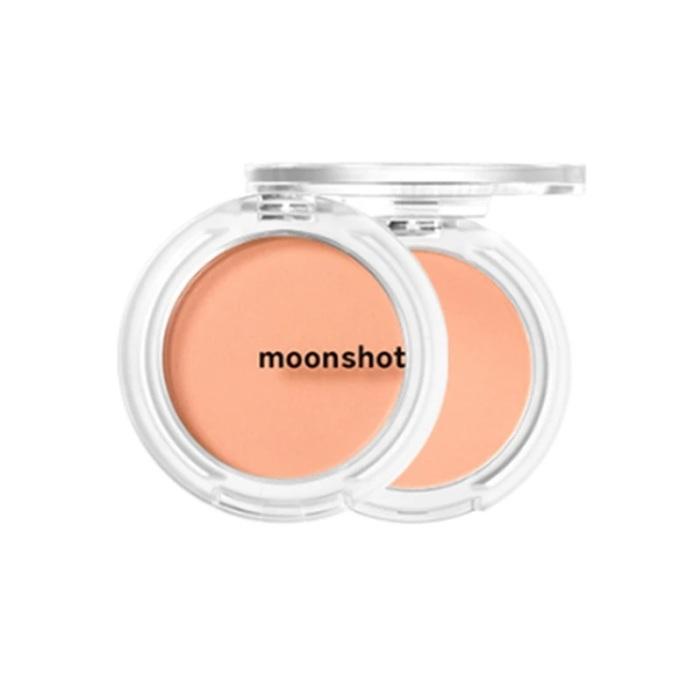 Phấn má Moonshot Air Blusher 303 Dry Coral 25g - Cam - Mã màu 303 giảm 349.000đ (- 13 %)Phấn má mềm mịn và nhẹ nhàng mang lại vẻ đẹp hồng hào tự nhiên mà không hề gây bết dính trên da. Moonshot là 1 thương hiệu mới, bắt kịp xu hướng của giới trẻ với những gam màu băt mắt và thiết kế vô cùng sang trọng, nổi bật.Dù mới ra mắt trên thị trường mỹ phẩm nhưng thương hiệu mỹ phẩm Moonshot của Hàn Quốc đã nhanh chóng chiếm được cảm tình của phái đẹp bởi những dòng sản phẩm trang điểm chất lượng, mẫu mã đa dạng, phù hợp với nhu cầu thị hiếu của giới trẻ mà giá thành lại vô cùng bình dân.  Phấn má hồng Moonshot được ca sĩ Lisa của nhóm nhạc Black Pink (1 trong sô nhóm nhạc nổi tiếng nhất nhì Kpop) , phù hợp với từng tông da và sở thích khác nhau, gồm các tông màu tự nhiên thịnh hành nhất hiện nay.