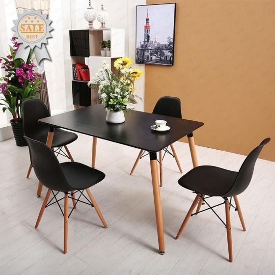 Bộ bàn Veron 4 ghế Eames - IBIE - Đen 3.059.700đ (- 40 %) Là sự kết hợp giữa bàn Veron và ghế Eames.- Mặt bàn làm từ MDF cao cấp, chống thấm chống trầy.- Chân gỗ sồi chắc khỏe, chịu lực tốt.- Ghế nhiều màu, chọn ngẫu nhiên. Bộ bàn Veron đen 4 ghế với thiết kế trứ danh của nhà Charles & Ray Eames, phù hợp với nhiều phong cách nội thất. Kiểu dáng sang trọng, đẹp mắt, bộ bàn này thích hợp để làm bàn họp, bàn ăn tại văn phòng, gia đình và các quán café.Mặt bàn làm từ gỗ MDF cao cấp, phủ Melamin chống thấm, chống trầy, dễ dàng lau chùi vệ sinh. Bàn có màu trắng trang nhã hay màu đen sang trọng, giúp không gian thông thoáng và làm nổi bật các món ăn, đồ uống được bày biện bên trên, tạo cảm giác sạch sẽ và ngon miệng cho thực khách.Ghế Eames được làm từ nhựa PP mờ cao cấp, màu sắc đa dạng giúp người dùng dễ dàng lựa chọn theo phong cách riêng. Bộ khung chân có kết cấu đan chéo vững chắn, độ cao phù hợp với các loại bàn thông dụng (75cm). Chính thiết kế mang hơi hướng cổ điển, gợi nhớ hình ảnh tháp Eiffel của một Paris hoa lệ là điểm nhấn tạo nên sức hút đặc biệt của loại ghế này.Bàn có kích thước 120 x 80 x 74 cm rộng rãi nên có thể tăng lên 6 ghế. Với 2 màu đen trắng, Khách hàng dễ dàng lựa chọn theo sở thích và phong cách riêng của mình.