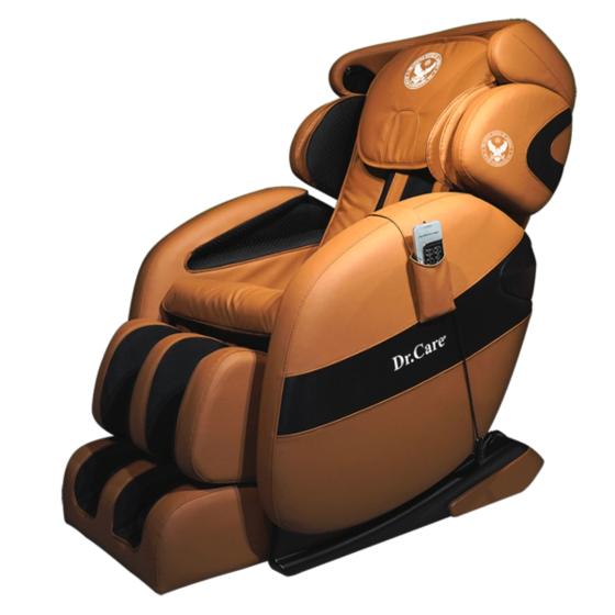 Ghế massage Dr.Care Xreal MC912  Ghế cũng thiết kế theo mẫu ghế dành cho phi hành gia, cung cấp chế độ massage 4 chiều, trang bị hệ thống con lăn, túi khí xoa bóp, đấm bóp di chuyển từ đỉnh đầu đến bên dưới vùng mông đùi theo hình chữ L và bấm huyệt lòng bàn chân. Ngoài massage, ghế có chức năng xông nóng kiểu spa lan tỏa toàn thân.  Ghế kết nối không dây với dàn âm thanh Hi-fi hiện đại giúp nâng cao khả năng thư giãn. Các chế độ massage có thể điều khiển bằng remote hoặc qua app trên điện thoại với phiên bản tiếng Việt. Khối lượng 108 kg, kích thước 175 x 75 x 87 cm, sản phẩm có giá 84 triệu đồng, giảm 50% còn 42 triệu đồng.