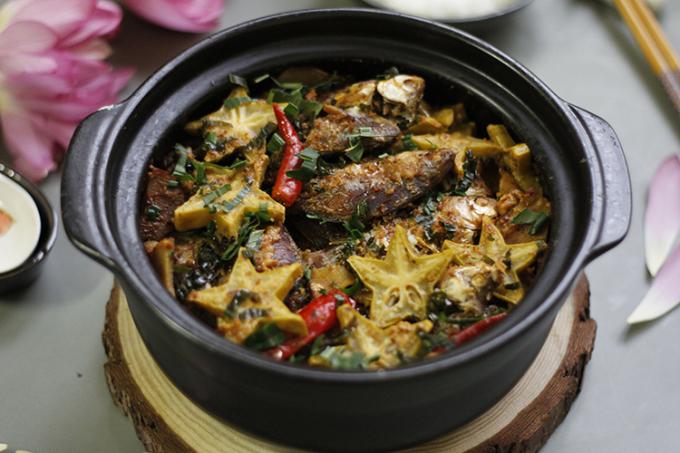 Các món ăn chế biến từ cá diếc giúp ăn ngon miệng, ấm bụng, lợi tiểu, tiêu thũng, cầm máu... Ảnh: Bùi Thủy.