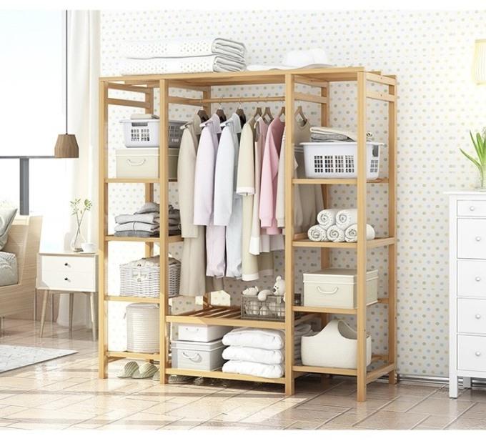 Tủ treo quần áo đa năng xếp gọn Tâm House KT017 - Gỗ 1.449.000đ (- 34 %)Kích thước :     145cm x 35cm x 150cm (Dài x Rộng x Cao)Chất liệu gỗ bền, đẹp, đã qua xử lí chống ẩm mọt cong vênh và không gây bụi gỗ gây ảnh hưởng sức khỏe – Chịu lực cao- Sản phẩm được thiết kế lắp ráp thông minh tạo nên sự tiện lợi tối đa- Gọn nhẹ dễ dàng tháo lắp di chuyển-Tiện dụng- Tối giản- Tinh tế-Tiêu chuẩn xuất khẩu kèm giá cả hợp lý-Khách hàng tự trải nghiệm phong cách của chính mình