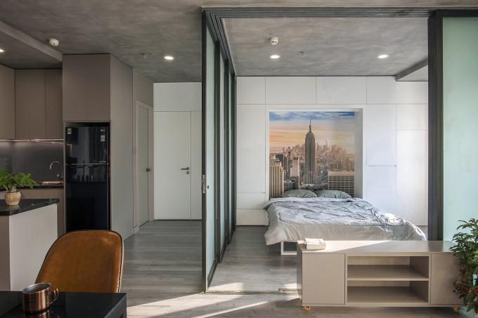 Một không gian đa năng và linh hoạt trong căn hộ chung cư. Ảnh: ROOM+ Design & Build.