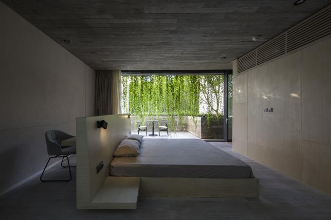 Không gian trong nhà đều mở ra mảng xanh. Ảnh: Oki Hiroyuki.