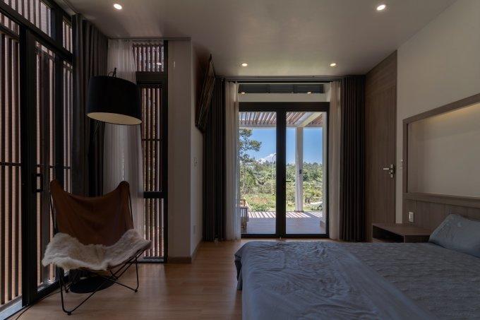 Góc thư giãn không cần rộng, có thể là một góc phòng ngủ. Ảnh: Tô Nguyễn/ G+architects.