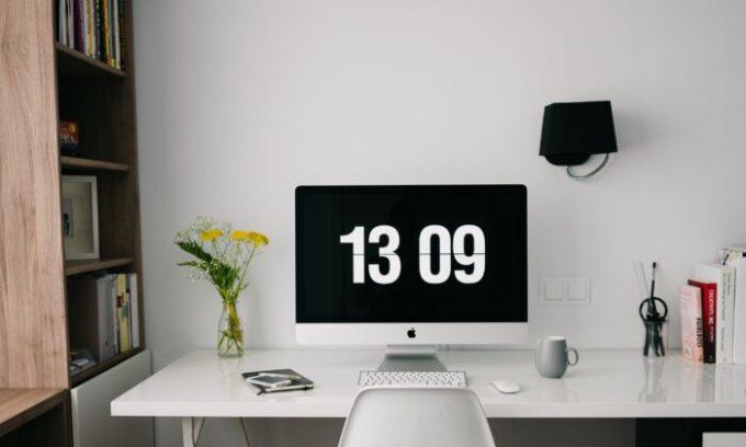 Lên danh sách việc cần làm và áp thời gian cho nó, bám sát khung này là một cách giúp một ngày của bạn năng suất. Ảnh: Epochtimes.