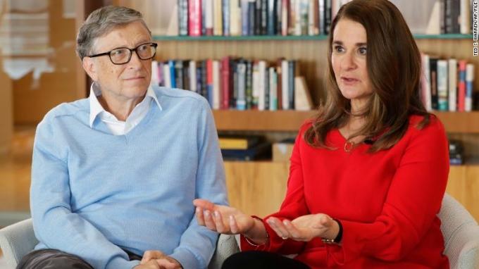 Vụ ly hôn của vợ chồng tỷ phú Bill Gates được cho là sự minh chứng cho xu hướng ly hôn hoa râm ở nhiều quốc gia. Ảnh: AP/CNN.