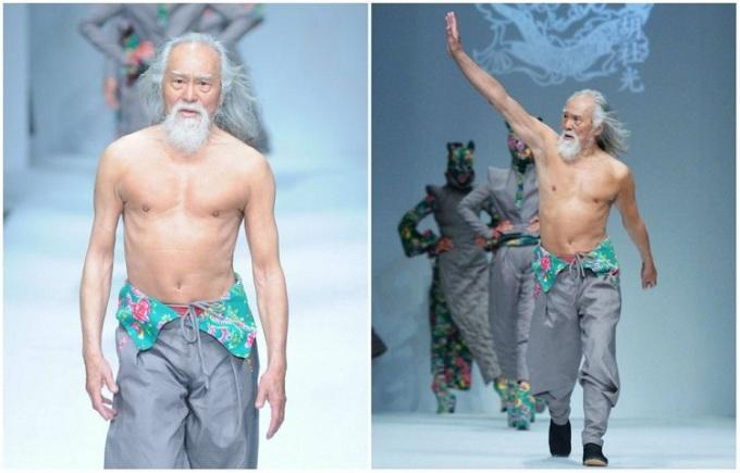 Ông Wang Deshun trình diễn tại Tuần lễ thời trang Trung Quốc năm 2015 - Ảnh: boredpanda.com
