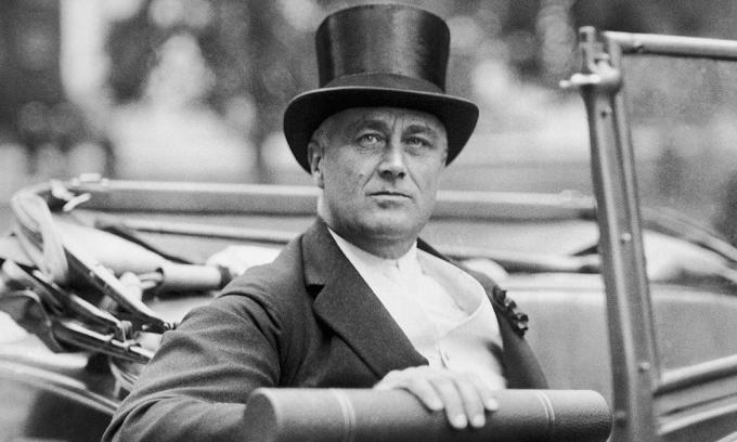 Tổng thống Franklin D. Roosevelt tới thăm Colombia vào tháng 7/1934. Ảnh: AP.