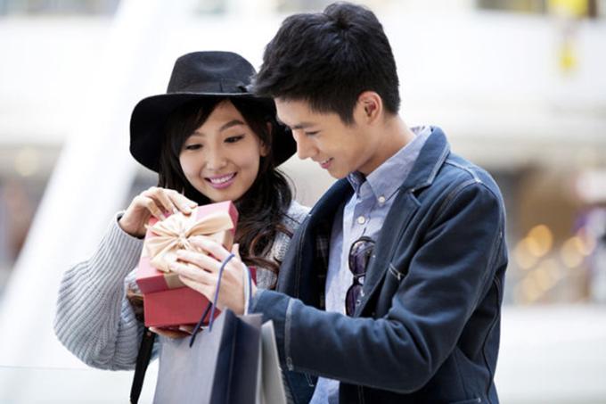 Một hình ảnh khác được các cửa hàng dùng làm quảng cáo cho dịch vụ thuê bạn trai một ngày. Ảnh: ettoday.