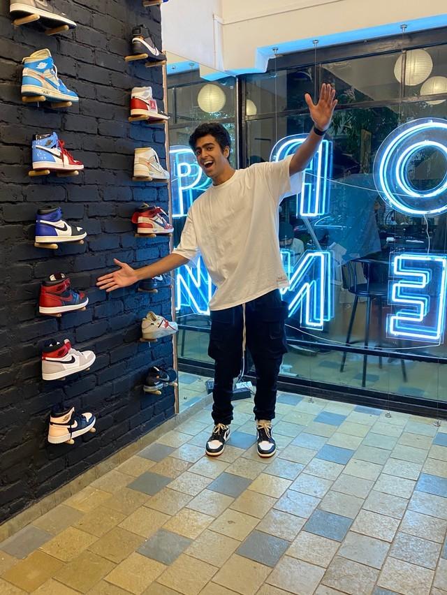 Vedant Lamba một trong những người đầu tiên tham gia vào ngành resell giày thể thao bản giới hạn tại Ấn Độ hy vọng lĩnh vực này sẽ bùng nổ trong ba năm tới. Ảnh: Vedant Lamba